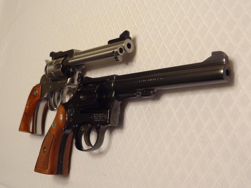 """Side by Side: S&W """"Model 17"""" vs Ruger """"New Model Single Six"""" 22lr_810"""