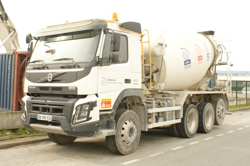 Pompes a beton + Camions malaxeur (Camions Toupie) - Page 4 Dsc09711