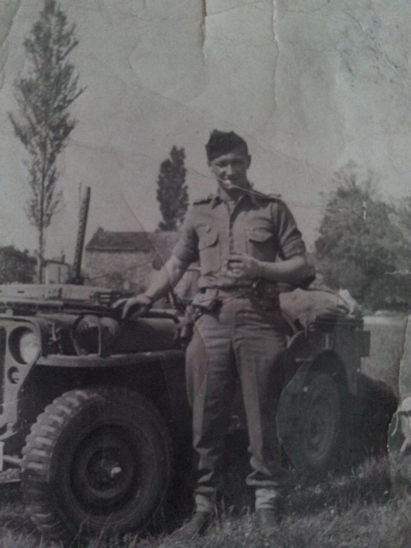 "Jeep ""RAWA-RUSKA"" / Sous-Lieutenant Alexandre RETGEN Aretge11"