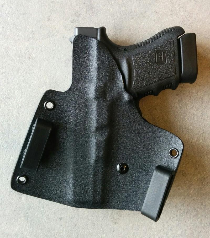 Quel holster pour un Glock 17 ? - Page 2 Img_2015