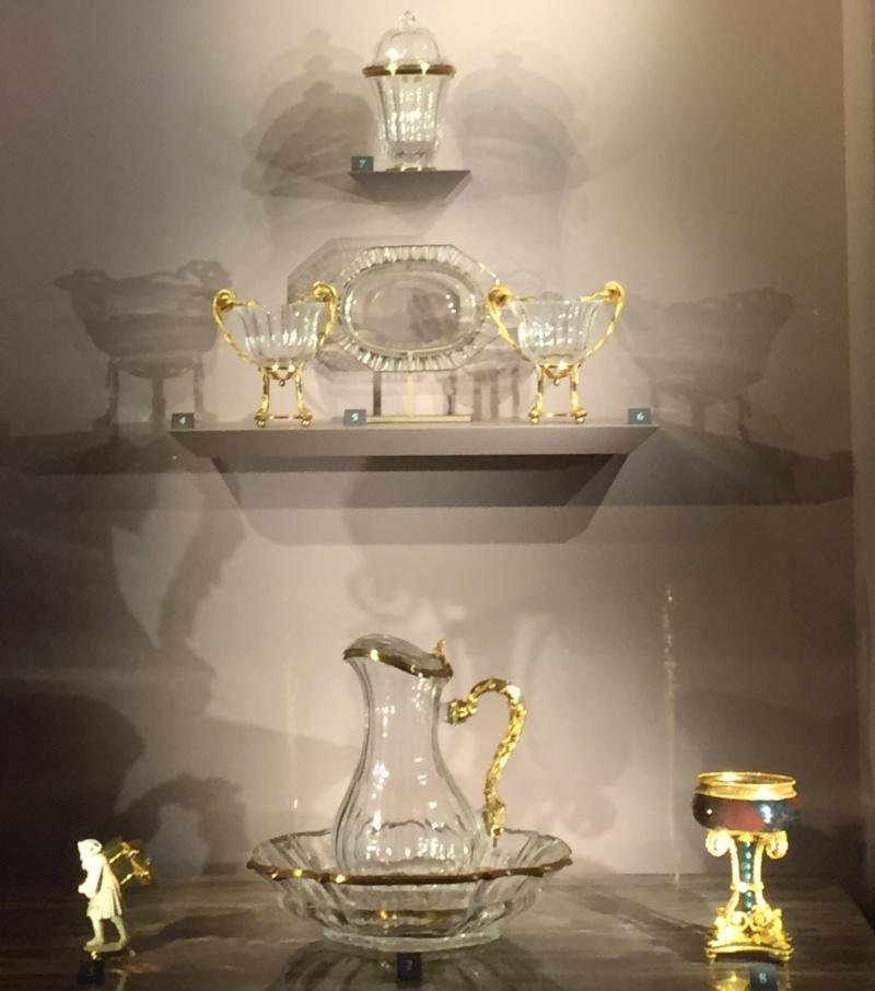 La collection de gemmes de Marie-Antoinette - Page 2 Img_8015