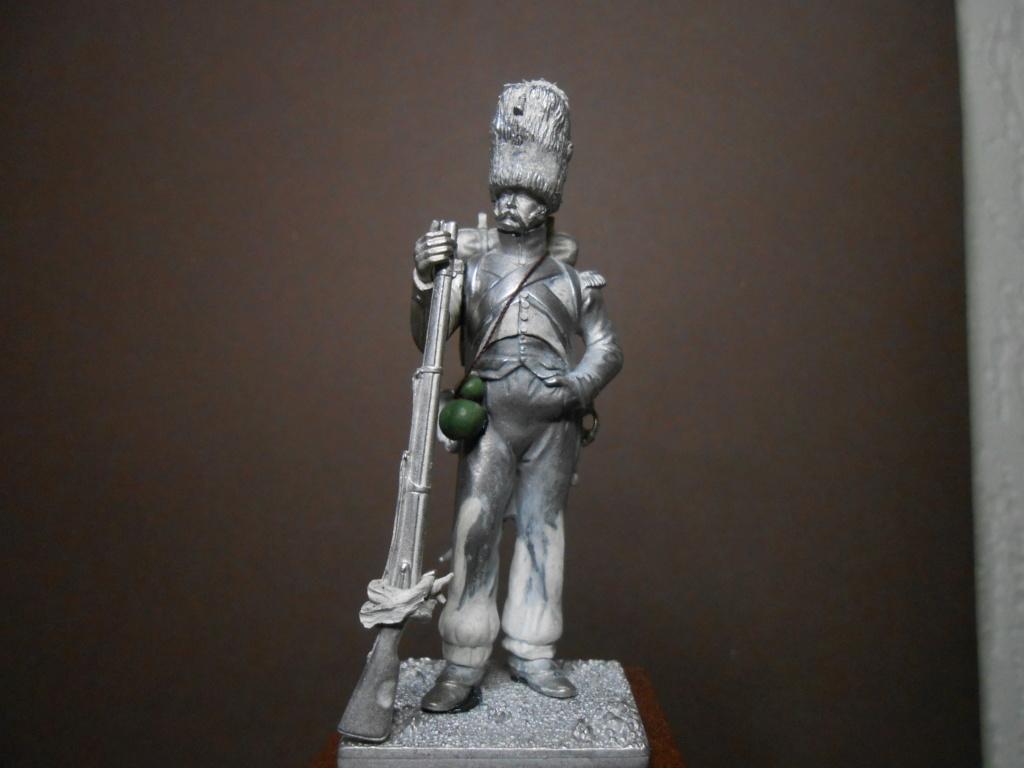 Vitrine Alain 2 mise en peinture sculpture Grenadier en surtout  1807  MM54mm - Page 9 Dscn1810
