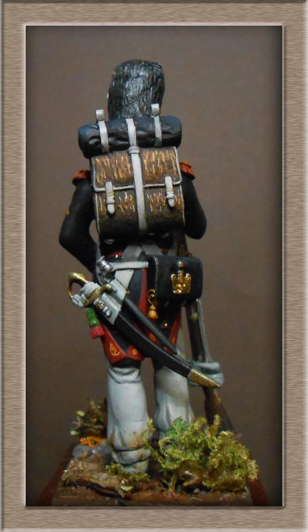 Vitrine Alain 2 mise en peinture sculpture Grenadier en surtout  1807  MM54mm - Page 9 Dscn1914