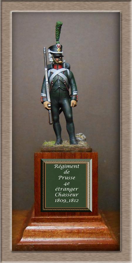 Vitrine Alain 2 mise en peinture sculpture Grenadier en surtout  1807  MM54mm - Page 9 Dscn2310