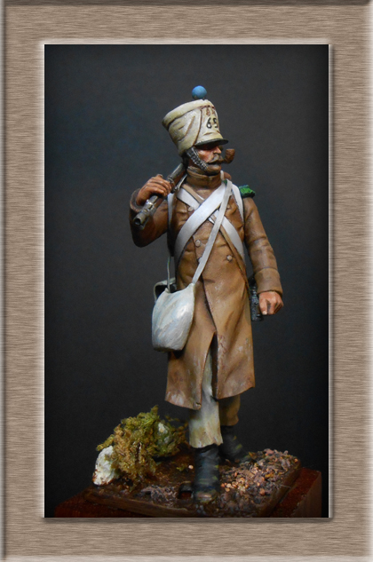 Vitrine Alain 2 Voltigeur de la ligne retour d'Espagne 1814 MM54mm Dscn4026
