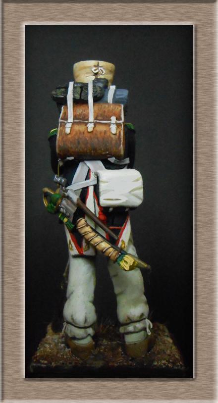 Mise en peinture sculpture Voltigeur 1812 Dscn4317