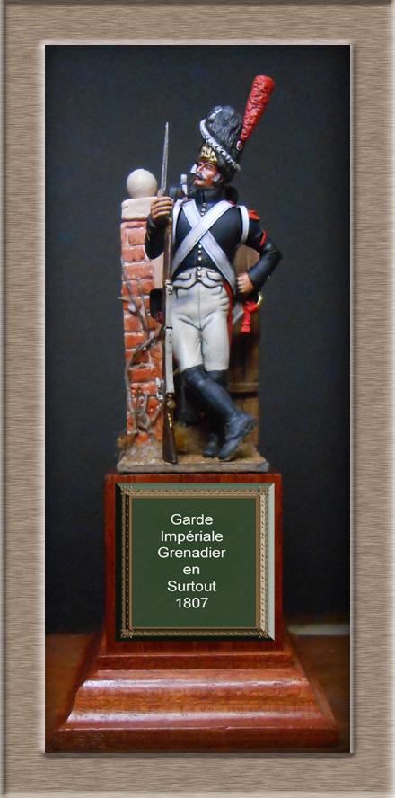 Grenadier de la garde en surtout 1807 sculpture et peinture Dscn4326