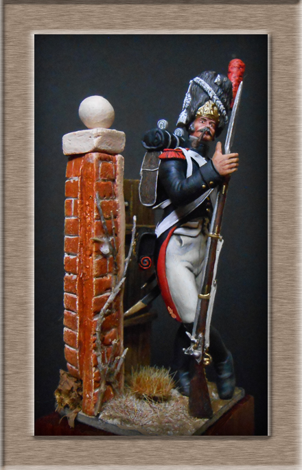 Grenadier de la garde en surtout 1807 sculpture et peinture Dscn4328