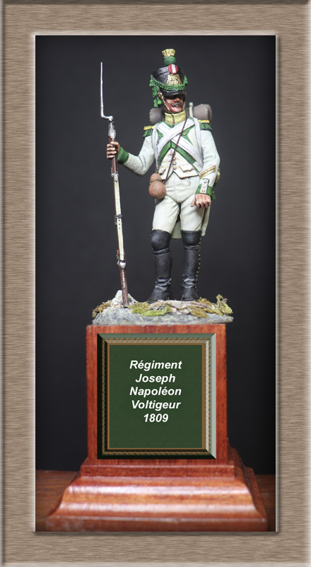 Vitrine Alain 2Régiment Joseph Napoléon .Voltigeur 1809 (Chronos miniatures 54 mm ) - Page 13 Img_1412