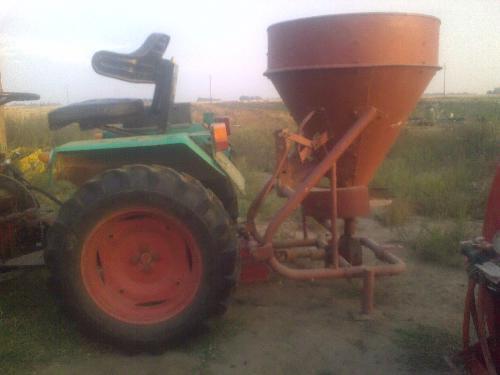 Rasipači mineralnog gnojiva 411