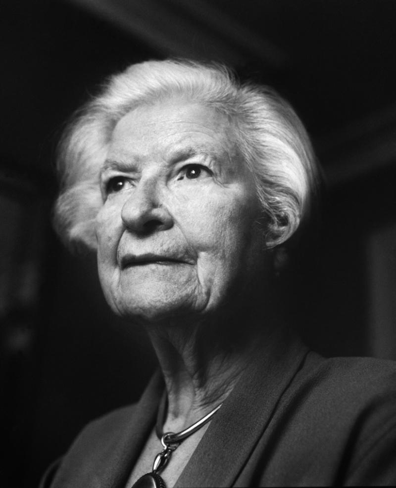 Phyllis Dorothy James ou PD James A78