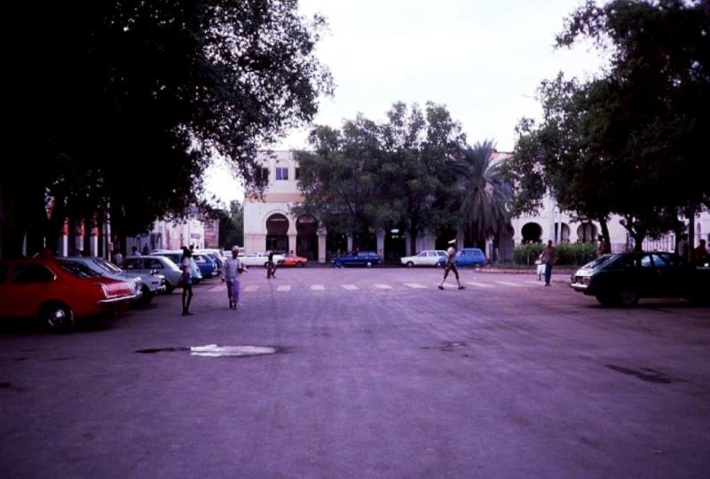 DJIBOUTI - LES BARS - Page 12 Img11710