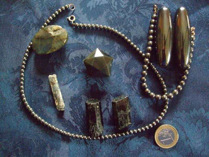 Quelles pierres possèdez-vous ? Dscf4611