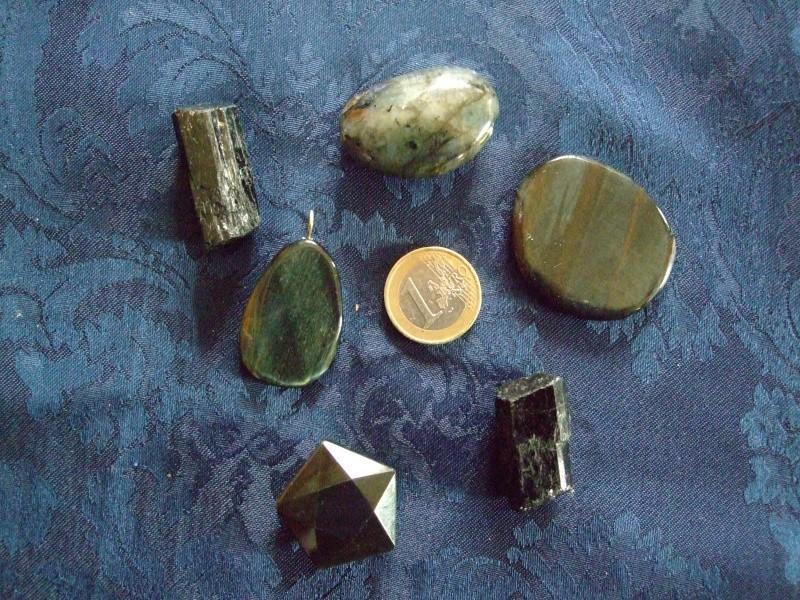 Quelles pierres possèdez-vous ? Dscf4617