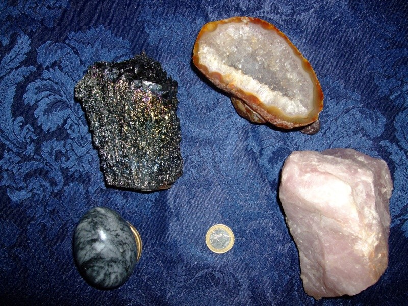 Quelles pierres possèdez-vous ? Dscf4624