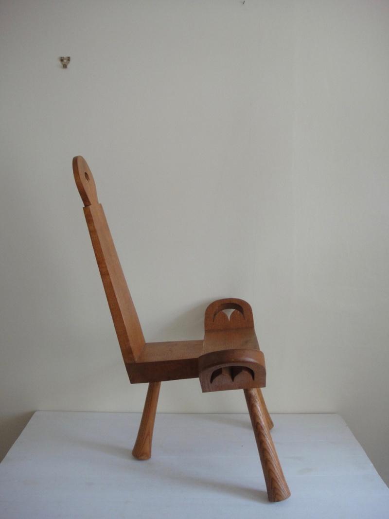 scandinavian milking stool Scandi11