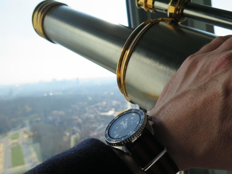 Votre montre du jour - Page 32 Atomio10