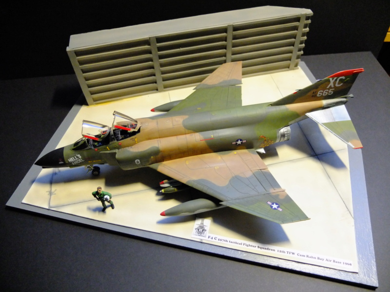 Le F4 C en camo guerre du Vietnam... - Page 10 Dscf4711