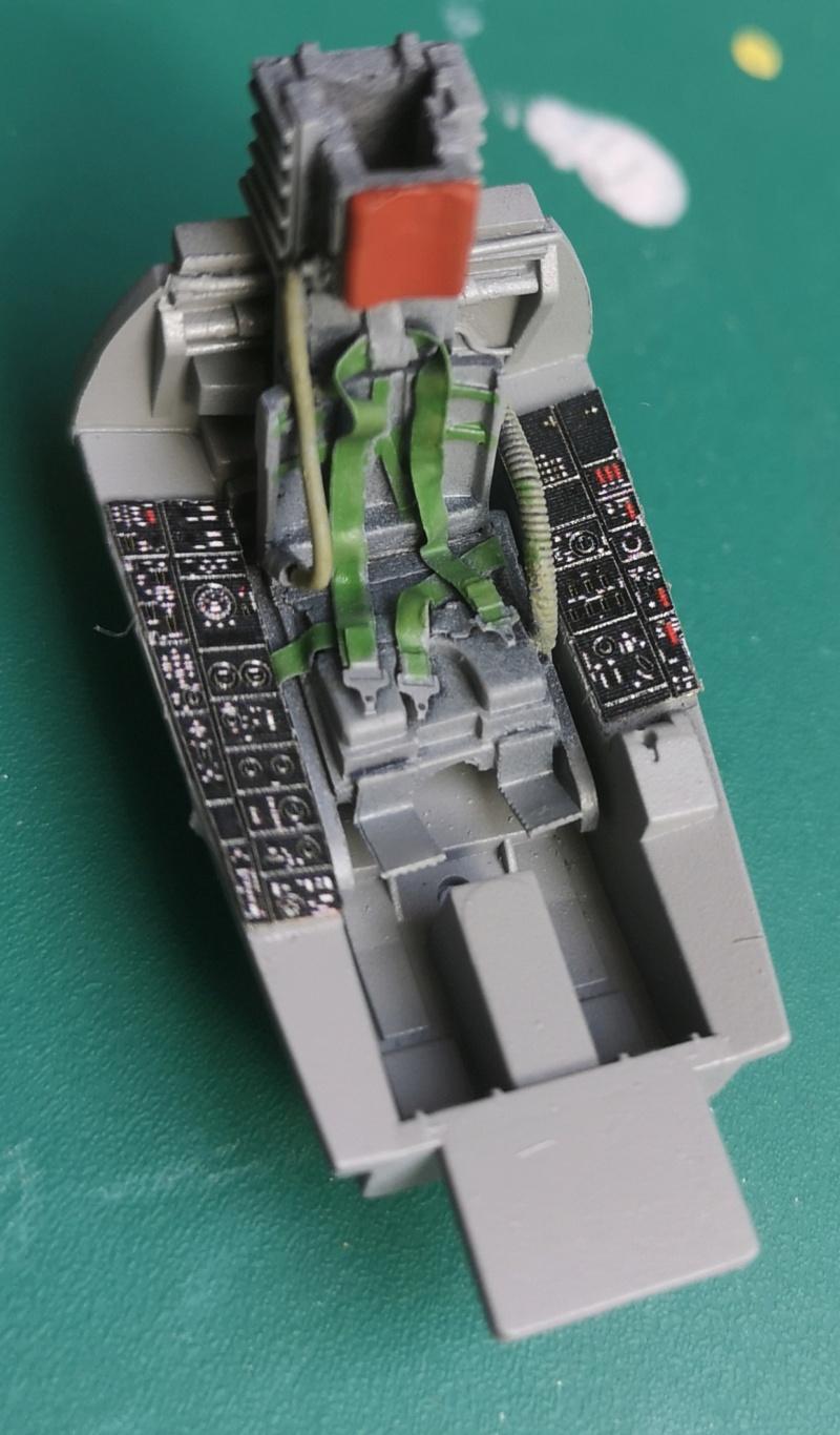 F 104 espagnol Hasegawa 1/48 Img_2139