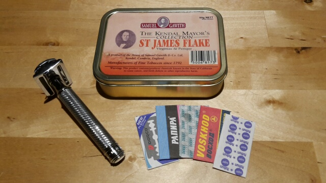 Giving an old 'baccy tin a new life Razor_12
