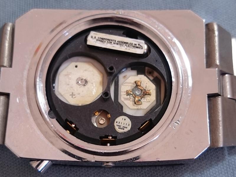 citizen - LE FIL ELECTRIQUE – LCD, Diapason, LED, Quartz, piles... à l'heure ! - Page 15 Dsc_2110
