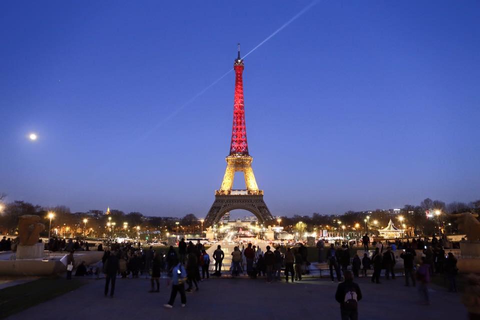 Drapeau Belge en lumière 12472510