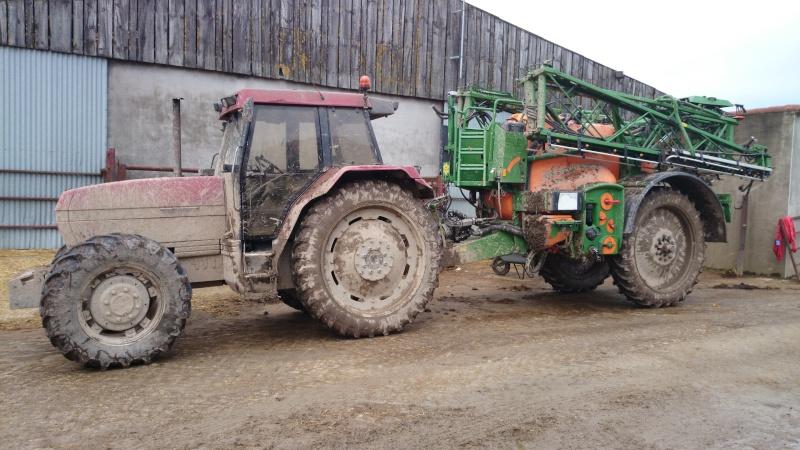 Concours du tracteur le plus cradingue - Page 11 Dsc_0010