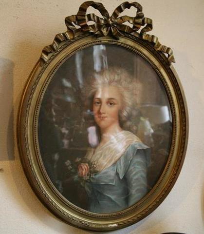 A vendre: portraits de Marie Antoinette? 16533410