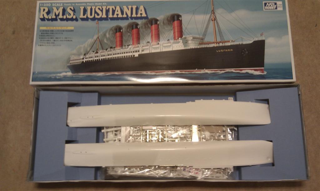Diorama du torpillage du RMS Lusitania 1/350 Gunze Sangyo 1441211