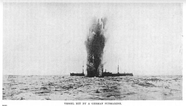 Diorama du torpillage du RMS Lusitania 1/350 Gunze Sangyo - Page 2 Torped10