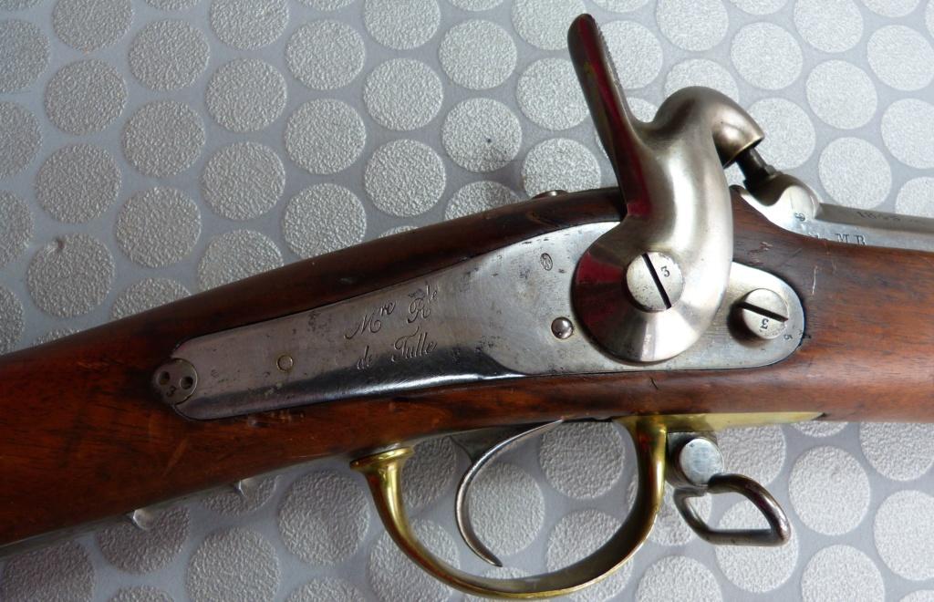 Fusil 1842T de dragons, affecté Spahis, poinçons de marine... tout un programme !!! P1050416