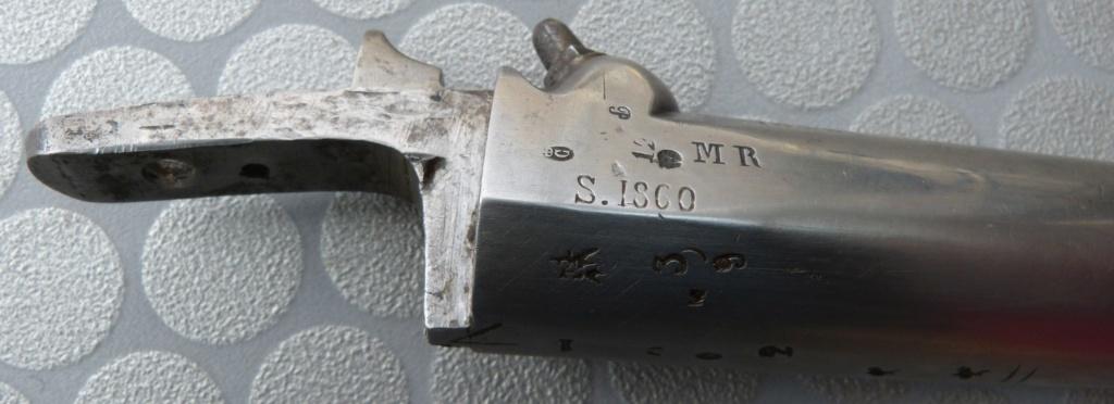 Fusil 1842T de dragons, affecté Spahis, poinçons de marine... tout un programme !!! P1050418