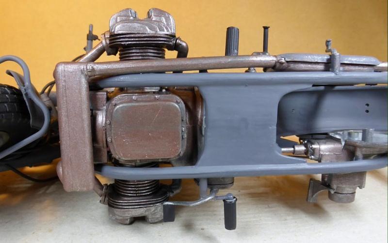 [ITALERI] Zündapp KS 750 scale 1:9 rénovation d'une vieille baroudeuse Zks75028