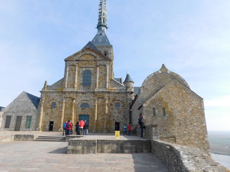 Michelle au ... Mont Saint-Michel Dscn0514