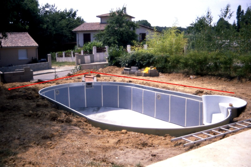 Construction piscine W****** sur terrain en pente Piscin14