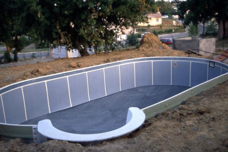 Construction piscine W****** sur terrain en pente Piscin15