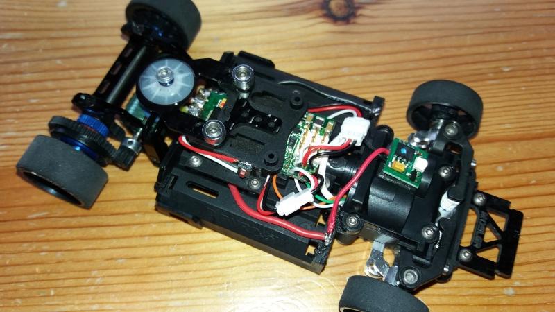 Circuit pour micro servo de Mini-Z-500804-pn racing  1610