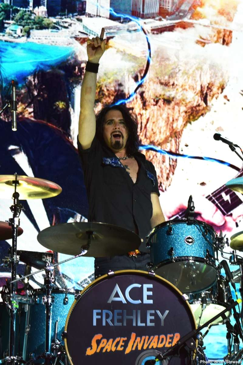 Ace Frehley News ! - Page 20 110