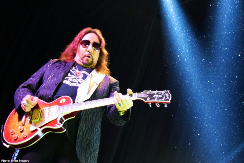 Ace Frehley News ! - Page 20 1810