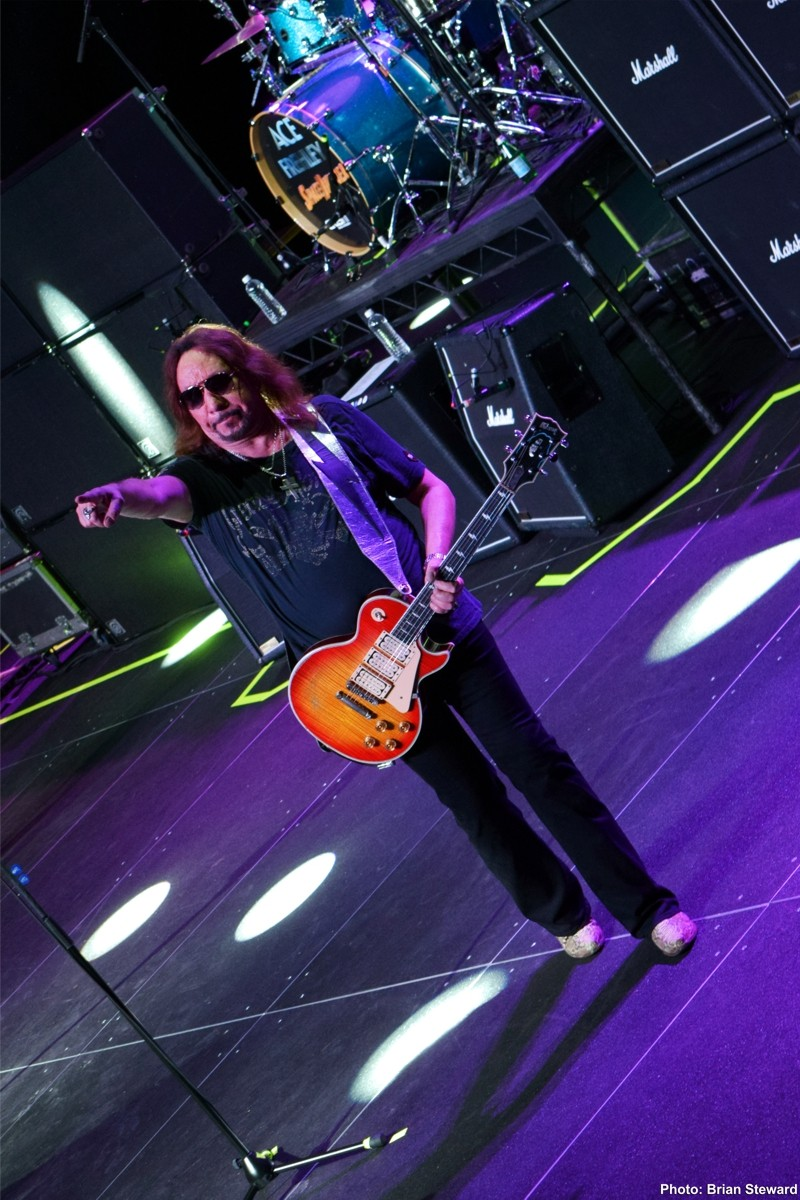 Ace Frehley News ! - Page 20 2011