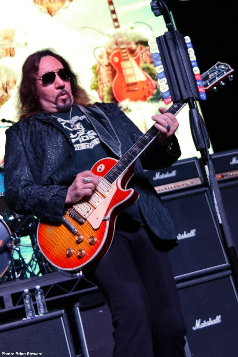 Ace Frehley News ! - Page 20 2112