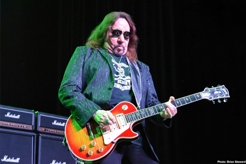 Ace Frehley News ! - Page 20 2410