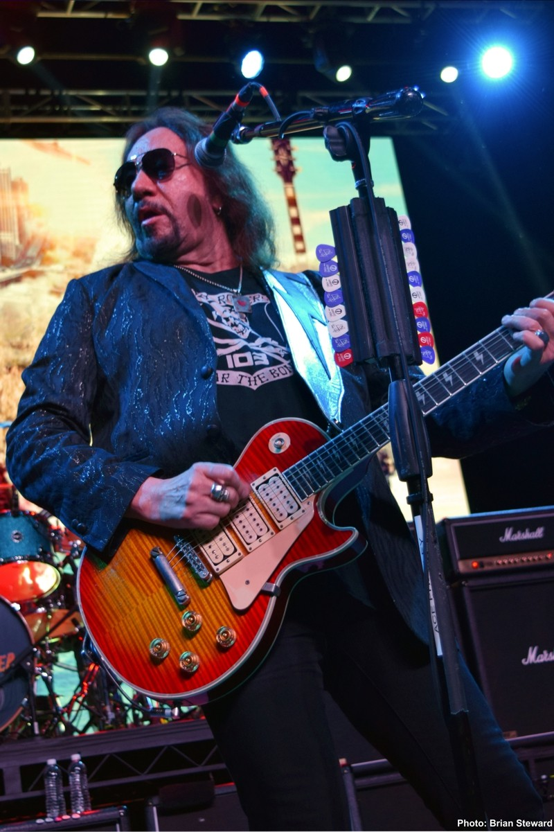 Ace Frehley News ! - Page 20 3510