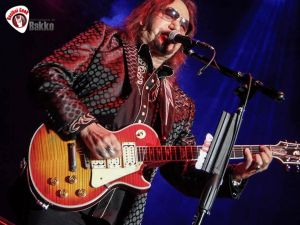 Ace Frehley News ! - Page 22 Ace-1010