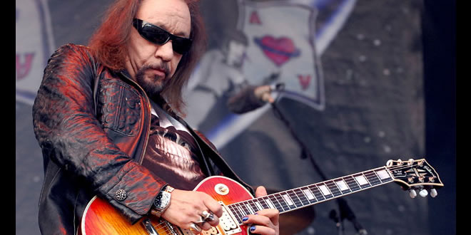 Ace Frehley News ! - Page 22 Ace-fr11