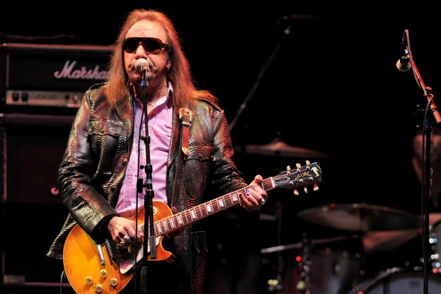 Ace Frehley News ! - Page 22 Ace-fr12