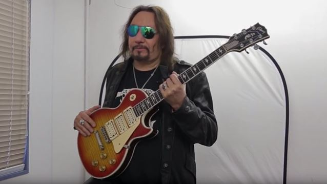 Ace Frehley News ! - Page 20 Acefre14