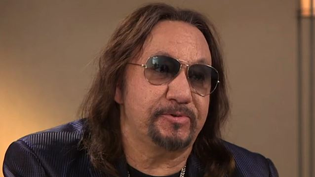 Ace Frehley News ! - Page 20 Acefre15