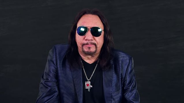 Ace Frehley News ! - Page 21 Acefre17