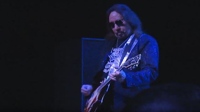 Ace Frehley News ! - Page 22 Acefre21